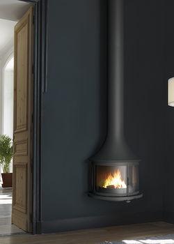 Камин - JC BORDELET LEA 998 - пристенный со стеклом