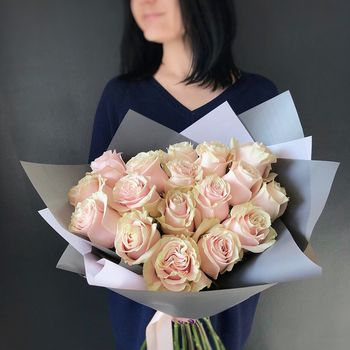Buchet de Trandafiri roz pal 15 buc.