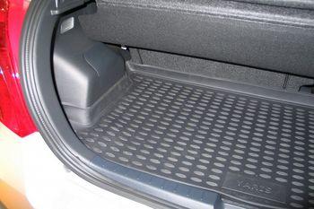 Коврик в багажник TOYOTA Yaris 01/2006->, х.б.