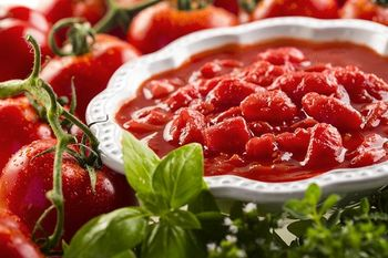 """купить """"Polpa di pomodoro"""" Кусочки помидор в собственном соку. 400гр. Casa Rinaldi. ИТАЛИЯ в Кишинёве"""