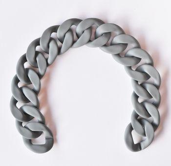 Lanț acrilic plat, 35 cm / cenușiu mat
