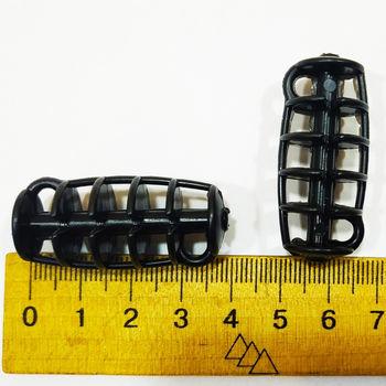Рыболовная кормушка  длина 4 см , материал пластик