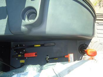 купить Трактор Solis S110 (110 л. с., 4x4) для обработки полей в Кишинёве