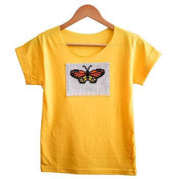 купить Женская футболка с ручной вышивкой - Бабочка в Кишинёве