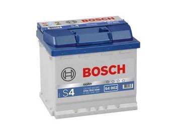 Bosch S4 12V 52Ah 470EN 207x175x190 -/+
