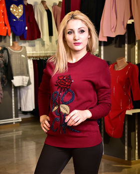 купить Cвитер  роза в Кишинёве
