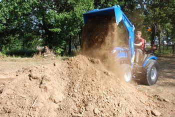 купить Погрузчик фронтальный навесной Солис 3200 с ковшом на 300 кг. в Кишинёве