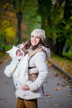 купить NapBag by Bagy Слинго накидка зима\осень Кремово-белая в Кишинёве