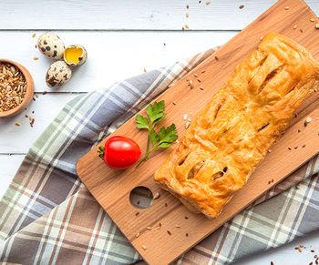 Пеновани с мясом грибами и сыром ( жульен )
