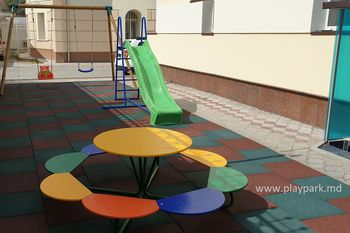 Столик детский Ромашка - 8 мест