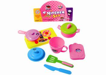 Набор кухонной посуды с плиткой