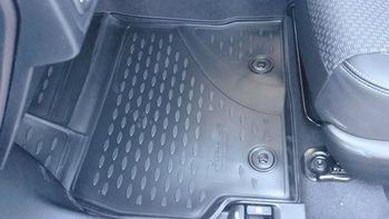 TOYOTA Corolla, 2013-> 4 шт. Коврики в салон