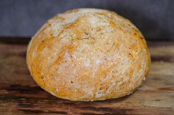 Хлеб Regală