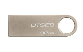 Kingston DataTraveler SE9 32GB Metal casing, Compact and lightweight