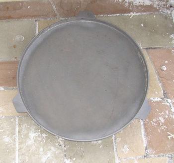 купить Сковорода чугунная (диаметр 700 мм) в Кишинёве