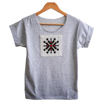 купить Женская футболка с ручной вышивкой - Вранча в Кишинёве