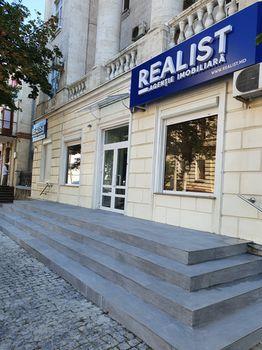 Realist Estate Agency