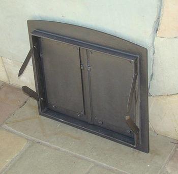 Дверца чугунная глухая двустворчатая BATUMI I