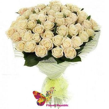купить Букет из 35 кремовой розы 40 см в Кишинёве