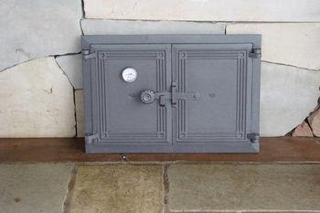 Дверца чугунная глухая двустворчатая с термометром DCHP5T