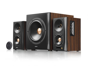 "{u'ru': u'Edifier S360DB Brown, HI-Res sound 2.1/ 150W (75W+ 2x40W) RMS, Audio In: Bluetooth 4.1 aptX Wireless Sound, RCA x2, PC, AUX, optical, coaxial, remote control, all wooden, (sub.8"" + satl.(3,5""+1""))', u'ro': u'Edifier S360DB Brown, HI-Res sound 2.1/ 150W (75W+ 2x40W) RMS, Audio In: Bluetooth 4.1 aptX Wireless Sound, RCA x2, PC, AUX, optical, coaxial, remote control, all wooden, (sub.8"" + satl.(3,5""+1""))'}"