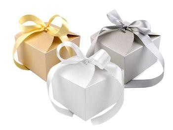 Cutie cadou cu panglică / auriu