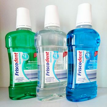 cumpără Friscodent Spearmint – clătiți în gură (Spearmint ,Sensitive ,Coolfresh) 500 ml în Chișinău
