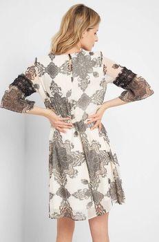 Платье ORSAY Бежевый с принтом 442210