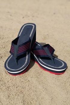 cumpără Papuci de plaja p-u dame ESOTIQ Alama în Chișinău