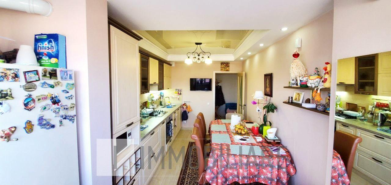 Apartament cu 2 camere, sect. Centru, str. Armenească.