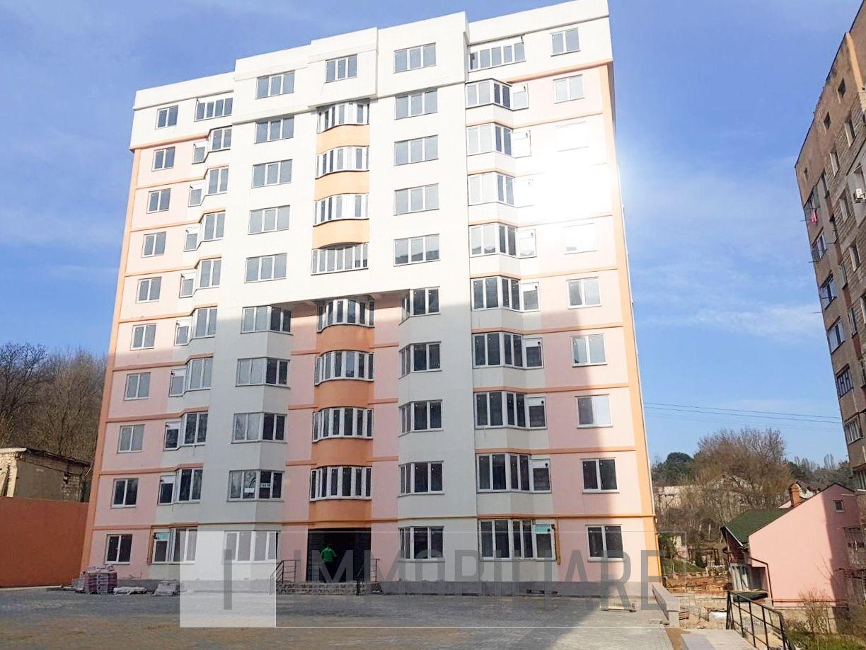 Apartament cu 1 cameră+living, sect. Buiucani, str. Calea Ieșilor.