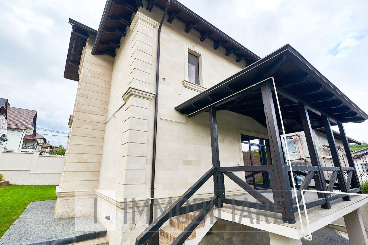 Casă cu 2 niveluri, sect. Botanica, str. Grenoble.