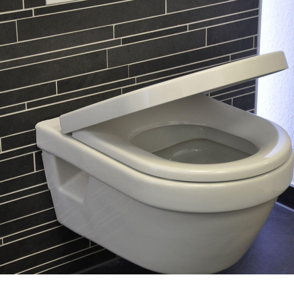 wc omnia architectura suspendat cu capac soft close cump r. Black Bedroom Furniture Sets. Home Design Ideas