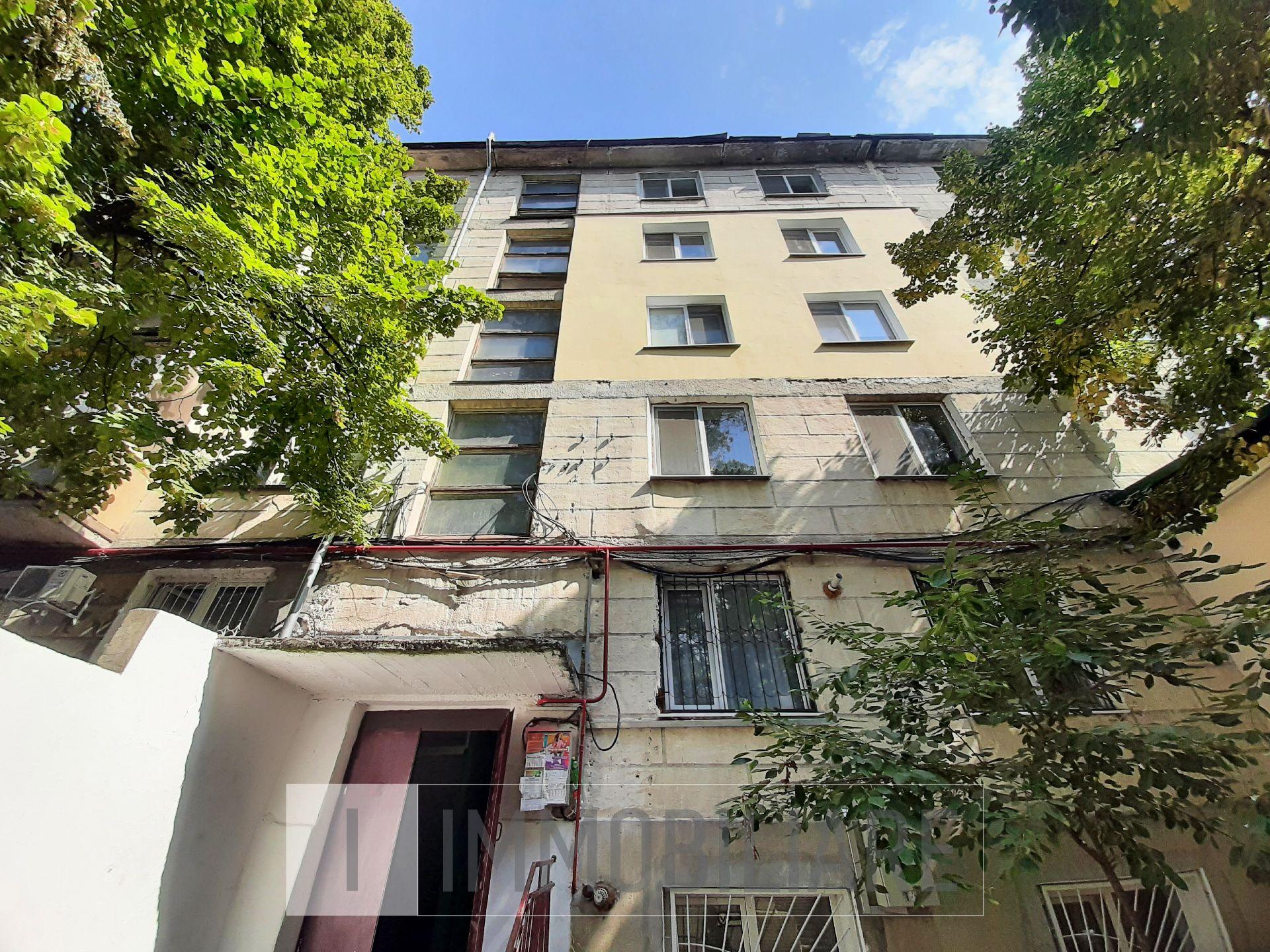 Apartament cu 1 cameră, sect. Botanica, str. Cetatea Albă.