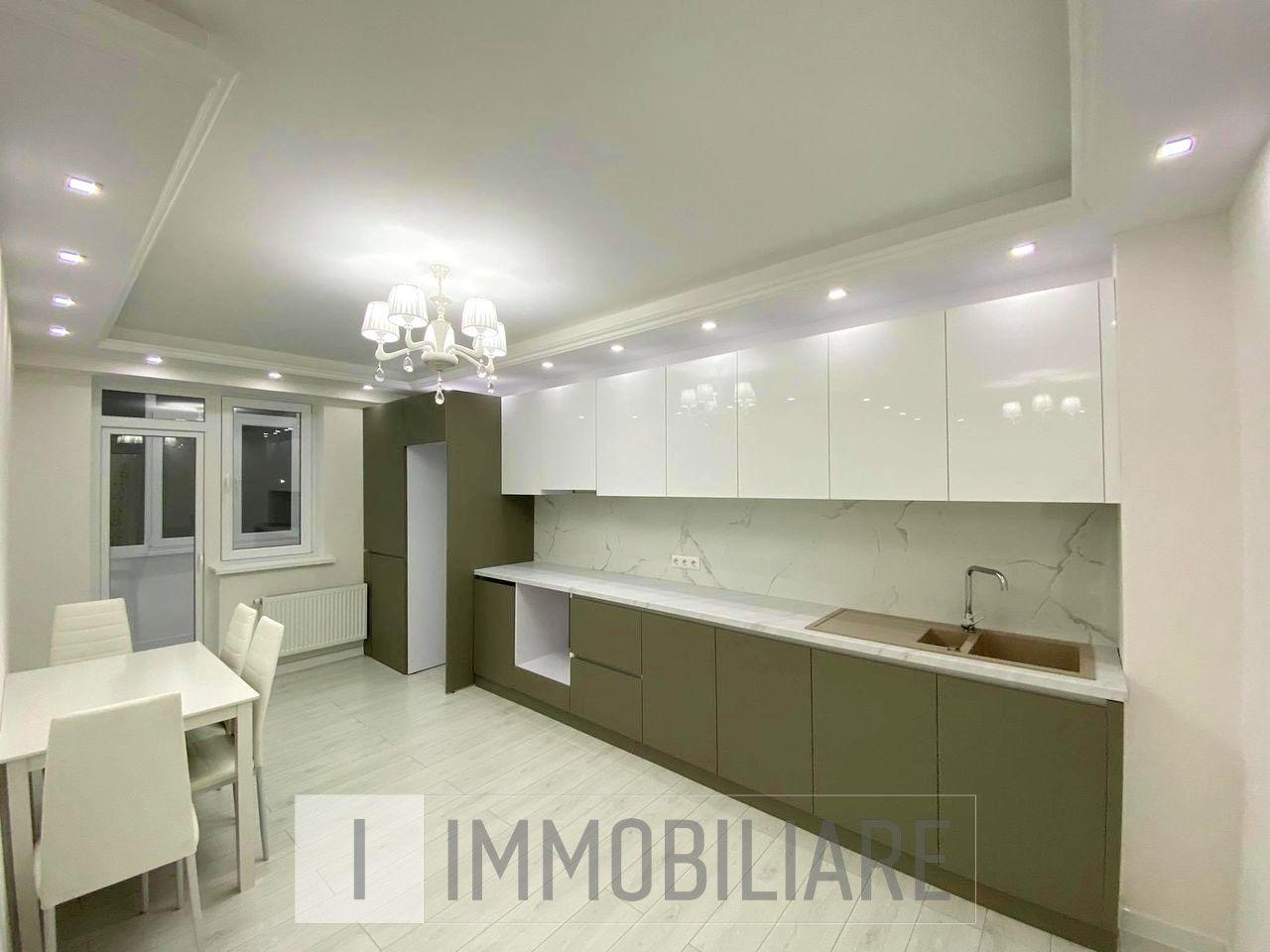 Apartament cu 1 cameră+living, sect. Centru, str. Vasile Alecsandri.