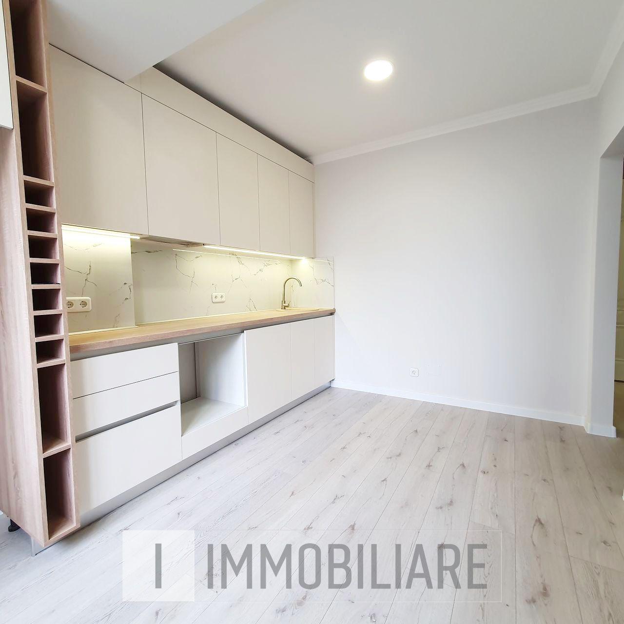 Apartament cu 1 cameră+living, sect. Telecentru, str. Sprîncenoaia.