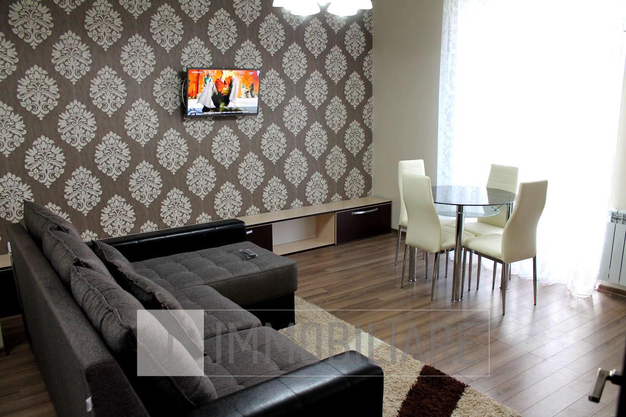 Apartament cu 1 cameră+living, sect. Centru, bd. Constantin Negruzzi.