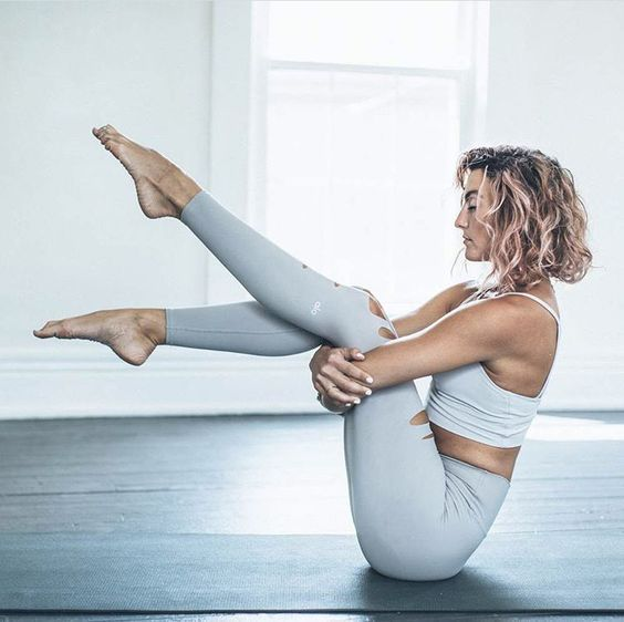 Haine pentru yoga si pilates