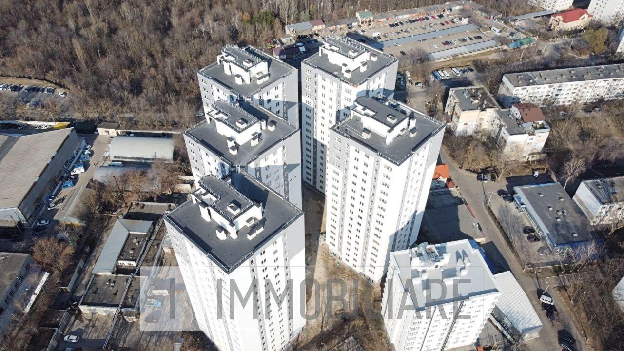 Apartament cu 3 camere, sect. Botanica, str. Tudor Strișcă.