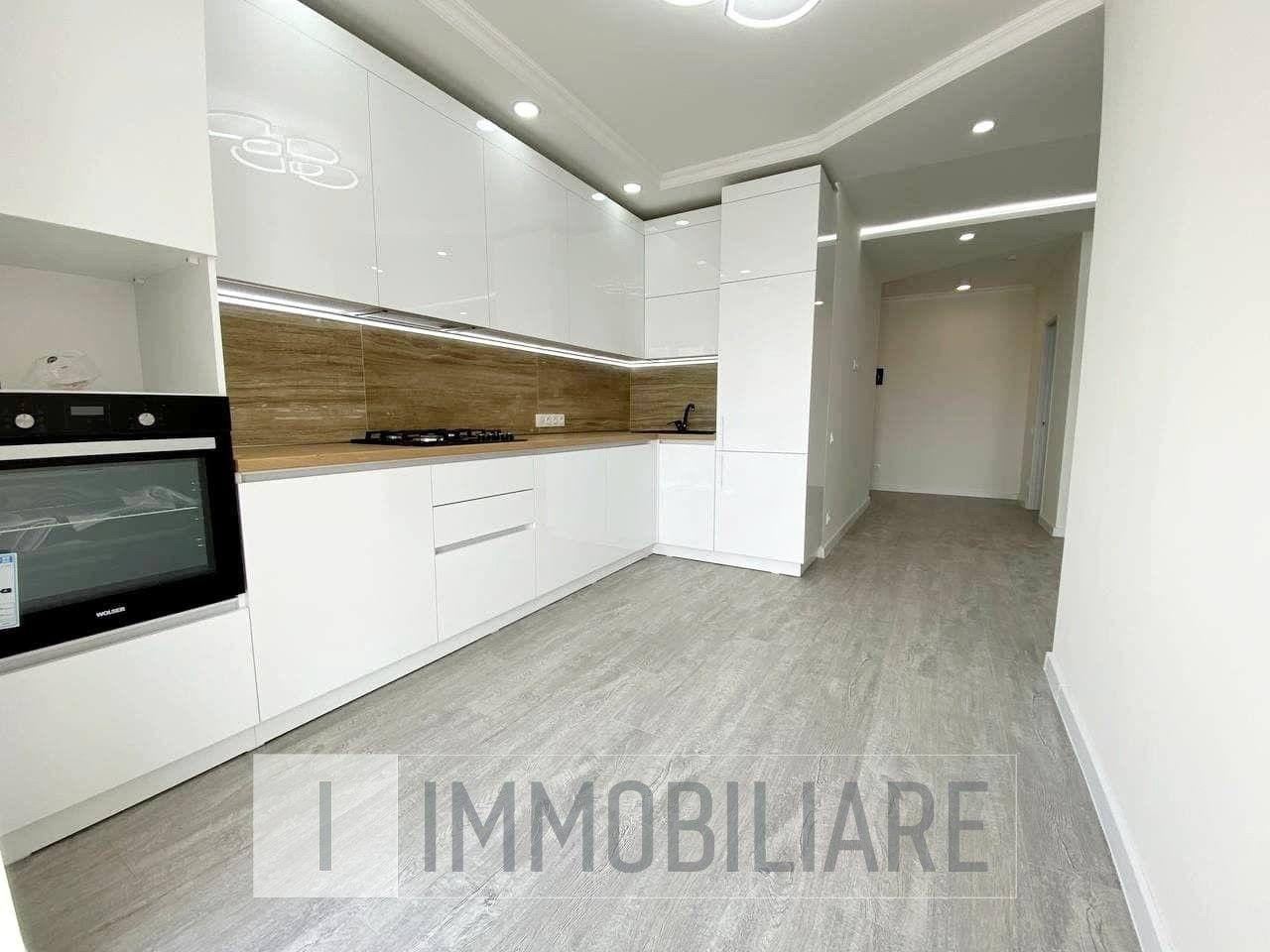 Apartament cu 1 cameră+living, sect. Centru, str. Albișoara