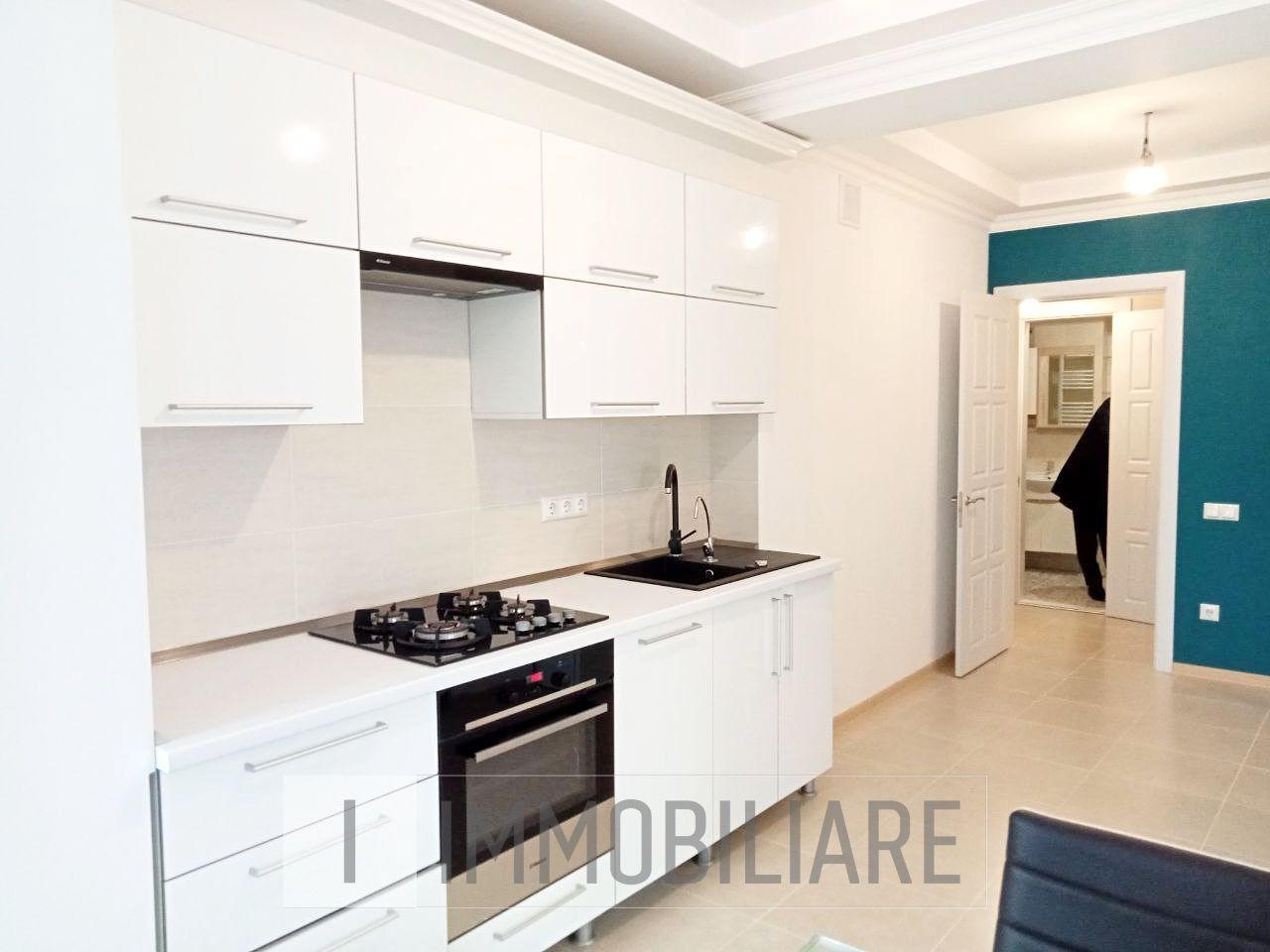 Apartament cu 2 camere+living, sect. Centru, str. Columna.
