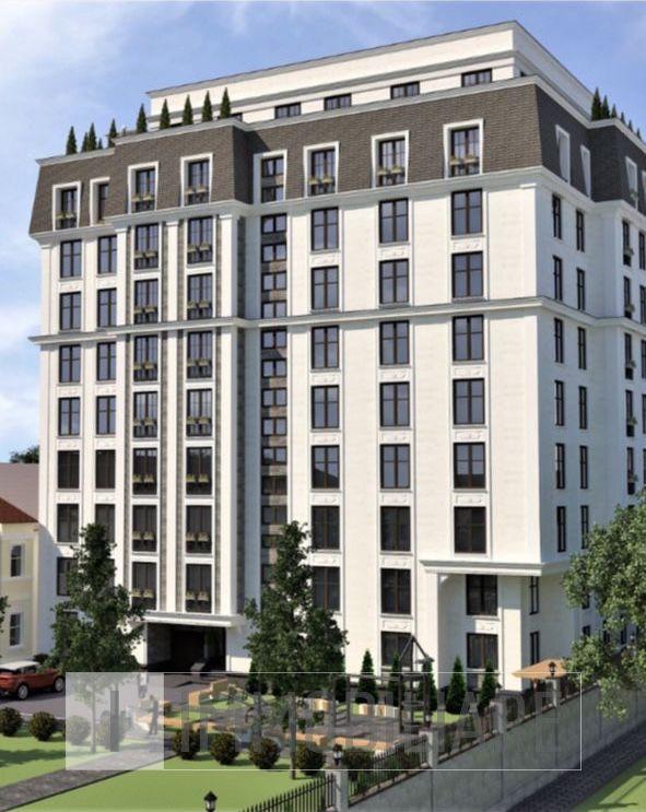 Apartament cu 4 camere, sect. Centru, str. Alexandru cel Bun.