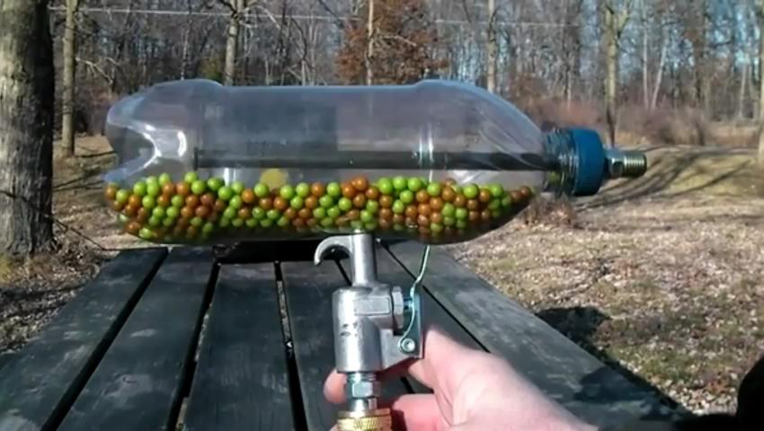 Как своими руками сделать пулемет из бутылки