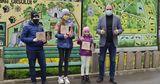 Ребята, давшие имена 4 львятам из столичного зоопарка, получили премии