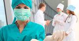 В Румынии к лечению больных COVID-19 привлекли школьных медсестер