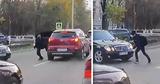 В столице водитель высадил ребенка на оживленной дороге