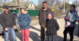 Жители бельцкой улицы сами ремонтируют дорогу: Власти забыли о нас