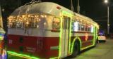 Шесть украшенных троллейбусов радовали кишиневцев в новогоднюю ночь