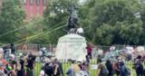 Протестующие попытались снести памятник седьмому президенту США