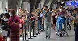Немцы специально приезжают в аэропорт ради бесплатного теста на COVID-19